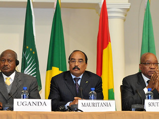 President Jacob Zuma attends African Union meeting on Libya, 26 Jun 2011