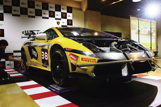 20130108 Super Trofeo戰車拍照