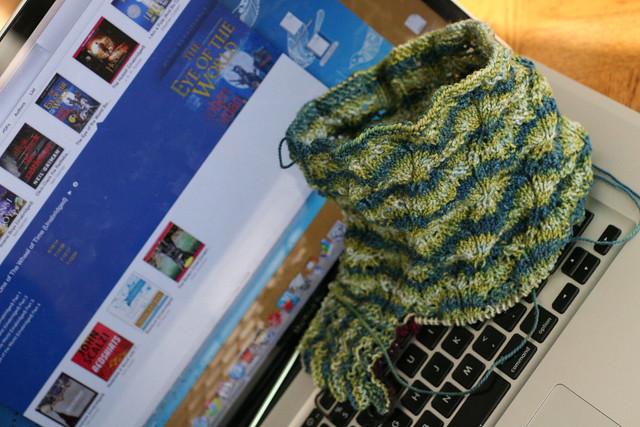 yarn along 01.23.13