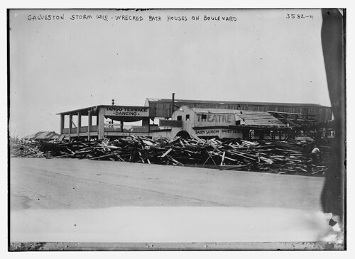 Galveston Storm, 1915 -- Wrecked bath houses on Boulevard.  (LOC)
