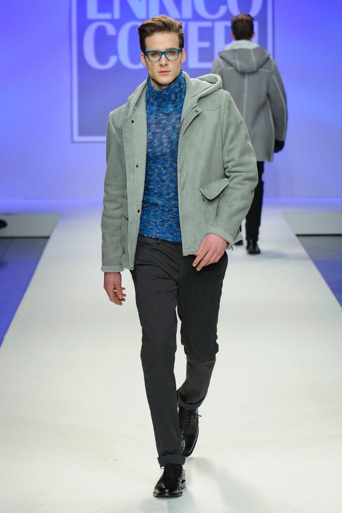 FW13 Milan Enrico Coveri005_Juan Miguel Mirangles(fashionising.com)