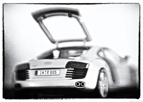 Audi R8 Back