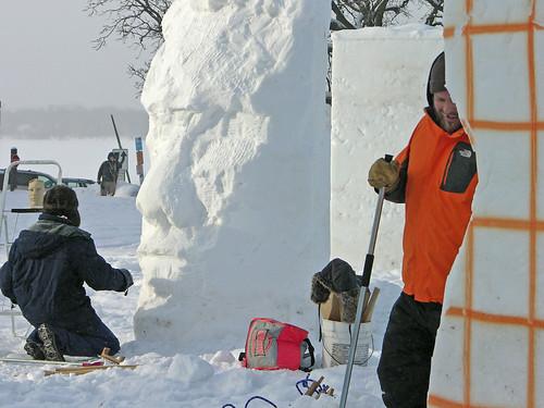Glenn Terry sculpting the face