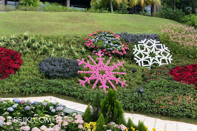 Sentosa Flowers 2013 - Wintery Snowflake Garden