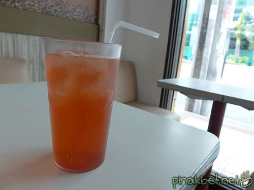 Hibiscus Cold Drink at Advocafe