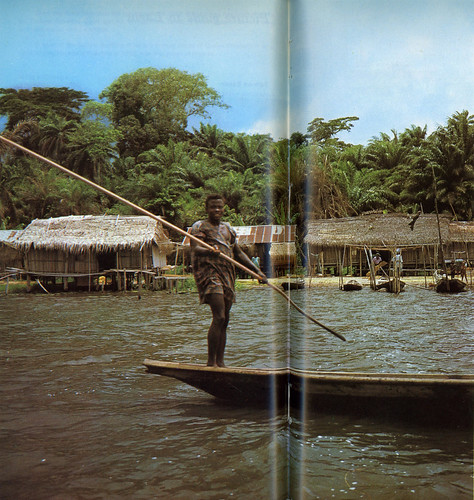 Guide to Lagos 1975 028 Fishing village along Epe lagoon
