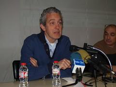 Albert Bramon, director de l'IES La Garrotxa, durant la seva intervenció en la presentació dels resultats.