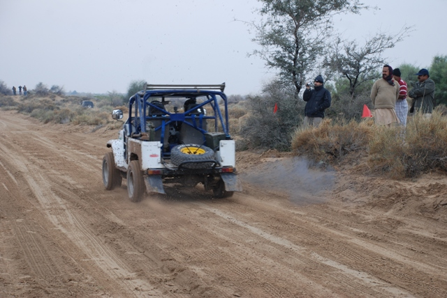 8th Cholistan Jeep Rally 2013 Report: Dedicated to the Late Syed Abbas Akbar - 8501663433 40d630bd6b z