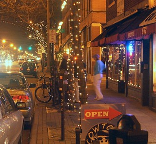 Short North, Columbus, OH (by: Scott Teresi, creative commons)