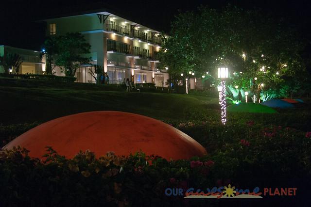 Taal Vista Hotel-11.jpg