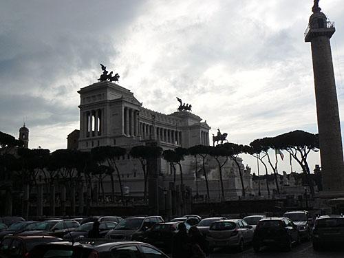 monument victor emmanuel 2.jpg