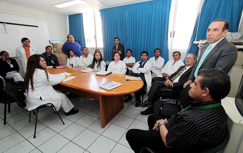 22/12/2010 Visita Germán Tenorio Vasconcelos el HOSPITAL CIVIL
