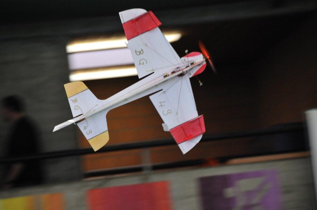 MGMU Hallenfliegen 2010