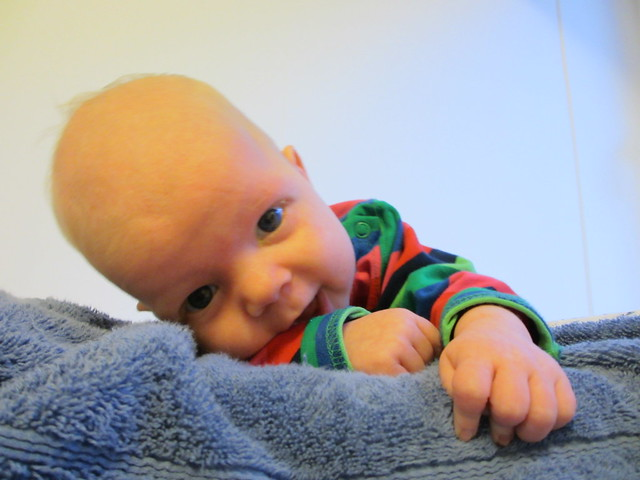 Sander på sin 2-månadersdag