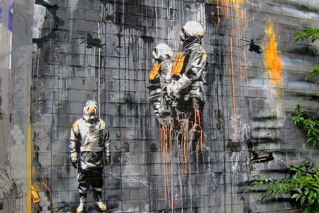 stencil | plotbot ken | teufelsberg . berlin 2012