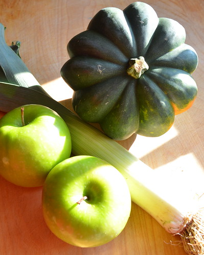 Making Curried Acorn Squash & Apple Soup
