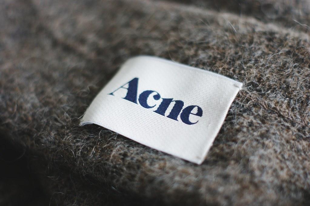 acne_raya_3