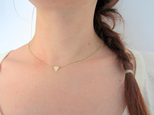 Triangle gold choker necklace neck