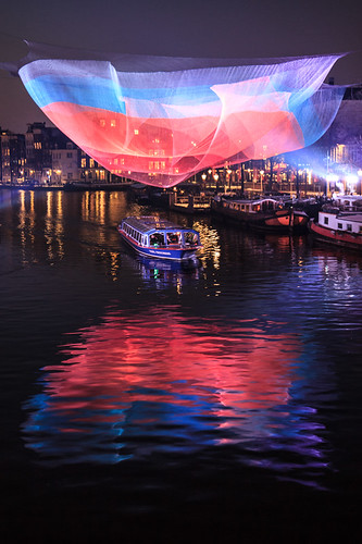 winter holland reflection art netherlands dutch amsterdam architecture river canal kunst nederland kanaal architectuur amstel canalboat reflectie rivier lightfestival rondvaartboot 2013 amsterdamlightfestival