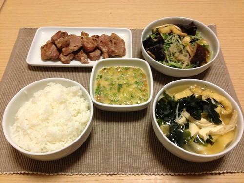 自炊一汁三菜定食