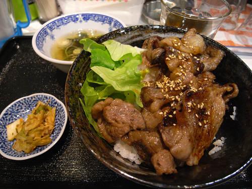カルビ丼ハラミ丼が500円!『一(はじめ)』@奈良駅周辺