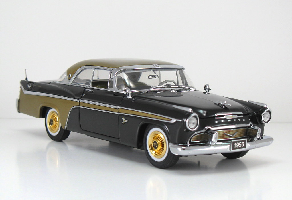 DBM006_D 1956 DeSoto Adventurer HT_Black & Gold