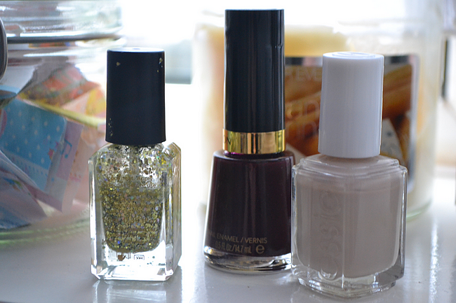 daisybutter - UK Style and Fashion Blog: essentials, beauty essentials, nail lacquers, top 3 nail varnishes, essie, revlon, barry m