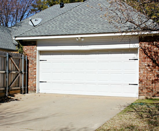Hi Sugarplum | $15 Garage Door Upgrade
