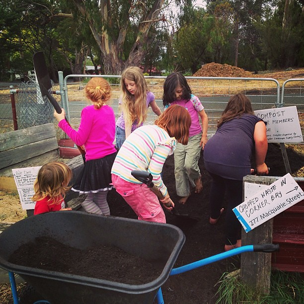 """Why is the compost warm?""... And other observations and topics of discussion among our barefoot co-op gardeners #naturallearning #unschooling #gardening #kitchengarden #coop"