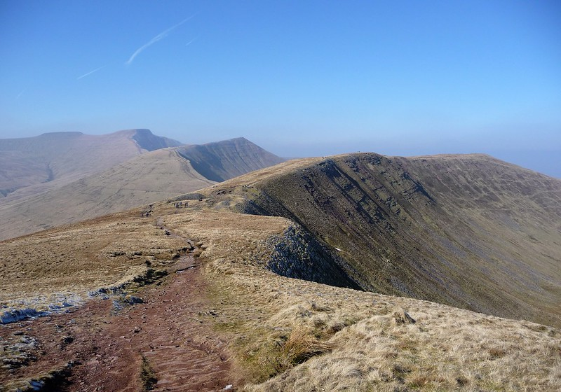 2936829353 - Pen y Fan Horseshoe