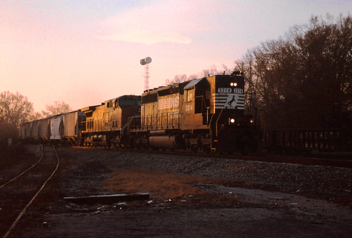 ns norfolksouthern sd402