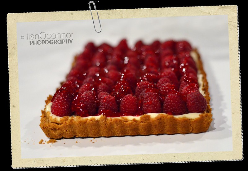 raspberry tart with clip