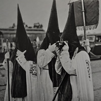 El nazareno fotógrafo. Fototeca Municipal