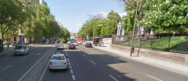 Calle Alfonso XII, vlak voor de Puerta de España