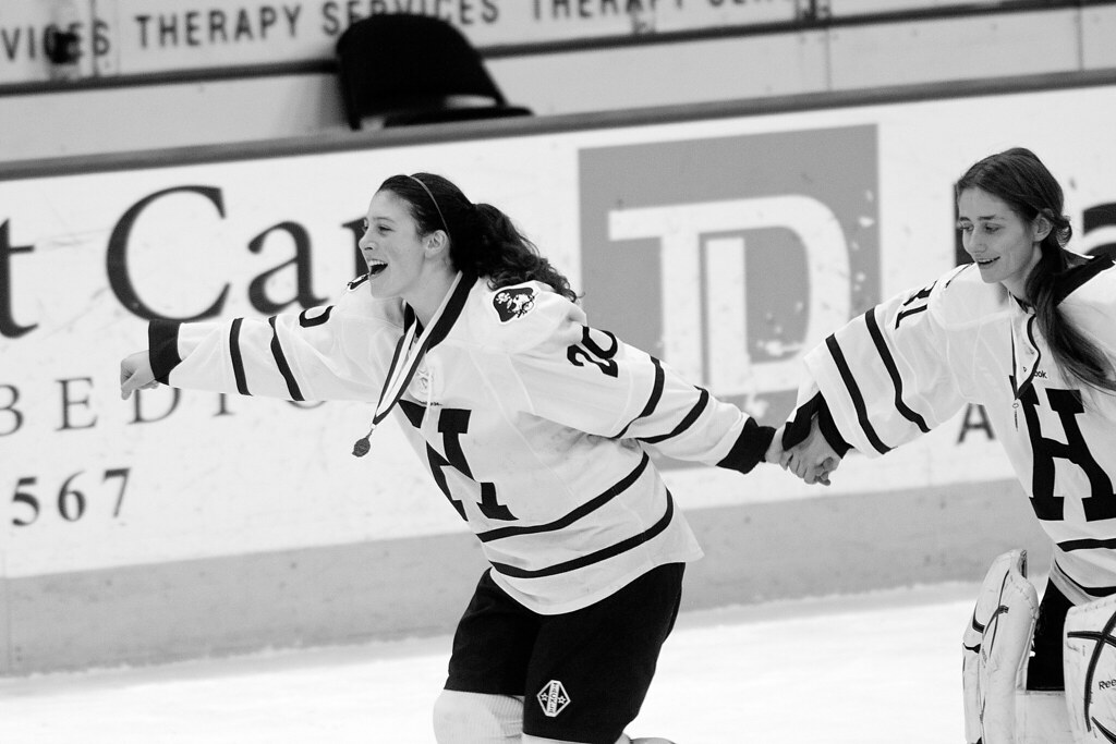 20130309_vn-hockey-lm-001bw