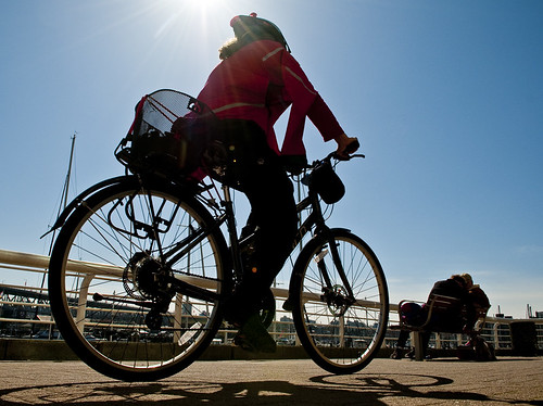 Sunshine Seawall Cycle by petetaylor
