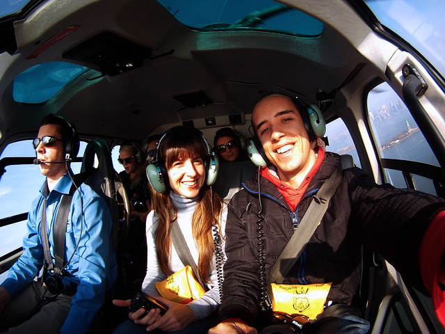 En el interior del helicóptero volando por Nueva York