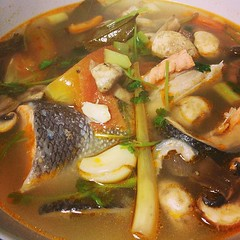 curry(0.0), produce(0.0), fish(1.0), sinigang(1.0), seafood(1.0), bouillabaisse(1.0), food(1.0), dish(1.0), soup(1.0), cuisine(1.0),