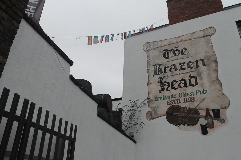 8398741777 f84754916d b El pub más antiguo de Irlanda
