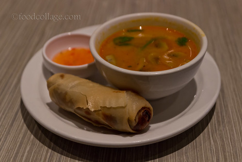 Tom Yum Lemongrass Soup and Vegetarian Spring Roll at Thai Basil (Toronto)