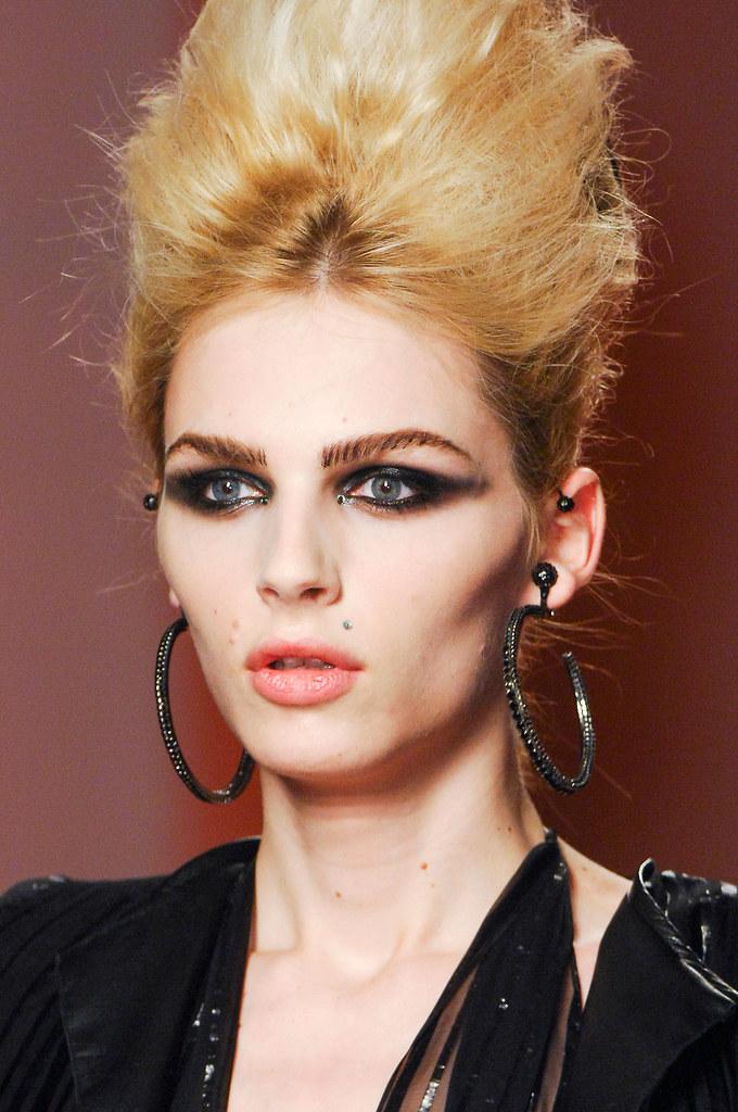 Andrej Pejic3351_SS13 Paris Jean Paul Gaultier Haute Couture(fashionising.com)