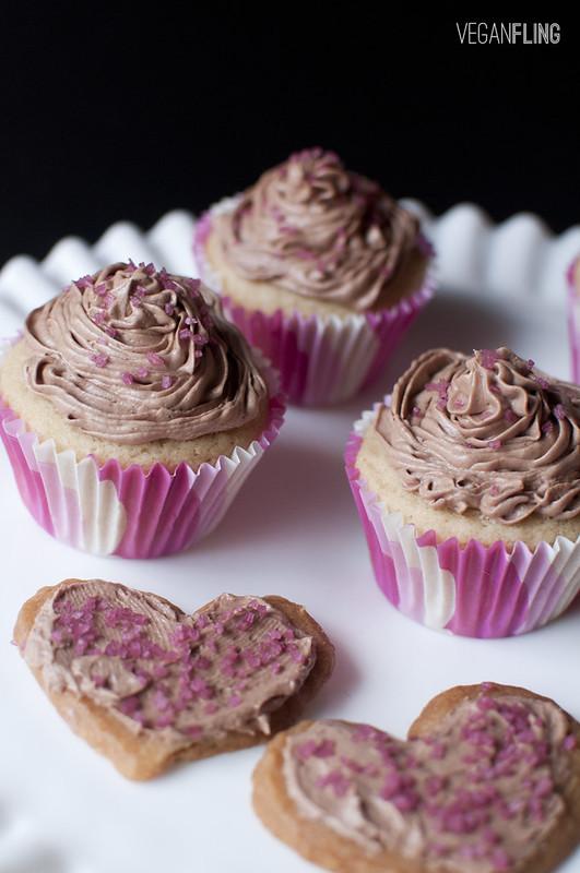 vanillachocolatecupcakes6_veganfling