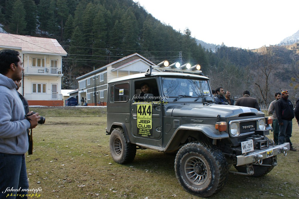 Muzaffarabad Jeep Club Neelum Snow Cross - 8468200809 807392aa30 b