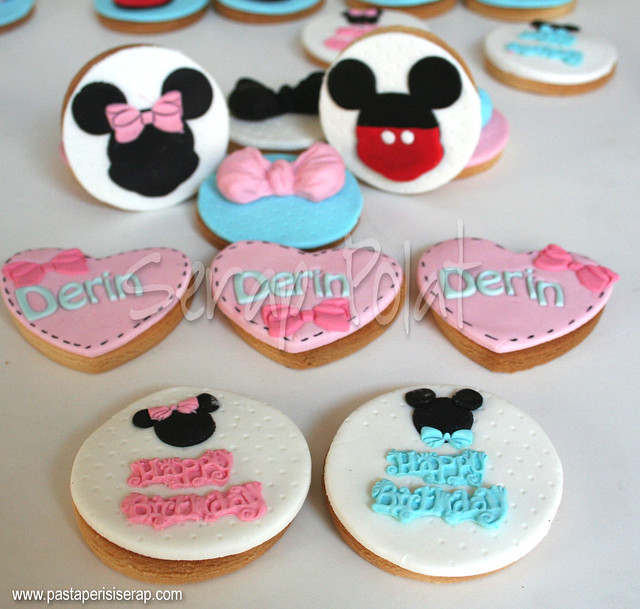minnie&mickey mouse cookie