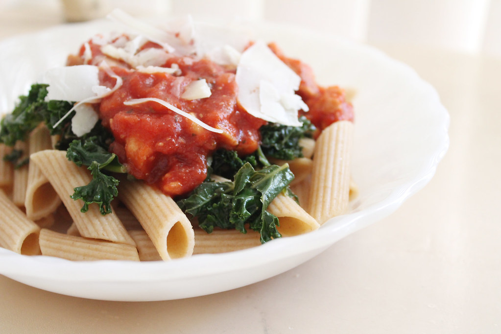 kale and turkey chunky marinara pasta 2