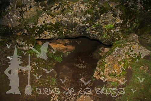 Entrada cueva de la bruja