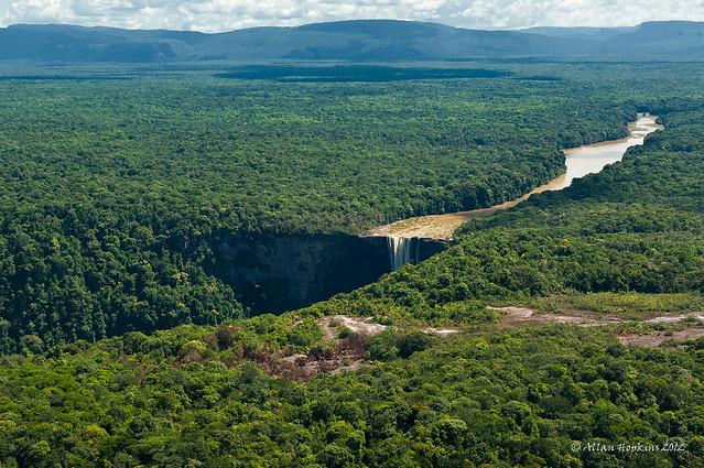 The  Potaro River reaches Kaieteur Falls