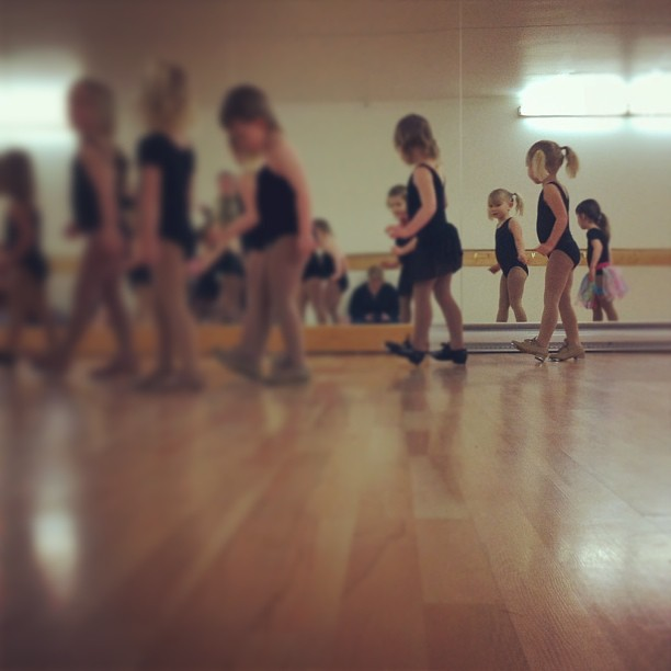 Tap class. Had to check herself out in the mirror. ;) #hannahbaby #danceclass
