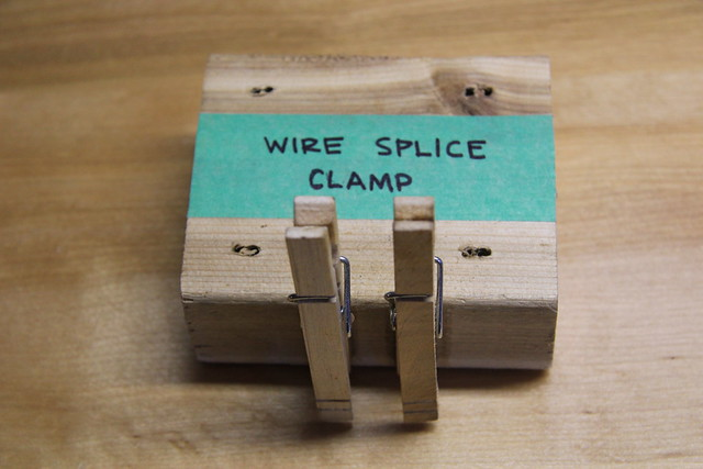 Wire splice clamp