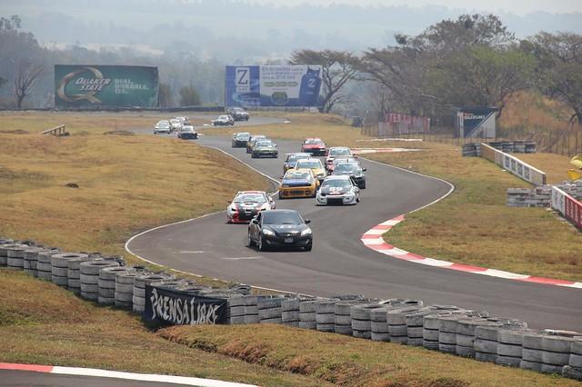 race in progress - guatemala autodromo